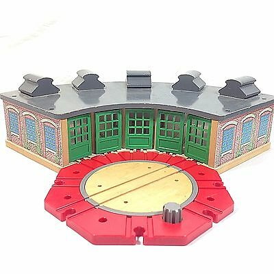 Thomas & Friends Wooden Roundhouse Station Depot Parking 1997 Learning Curve Vtg