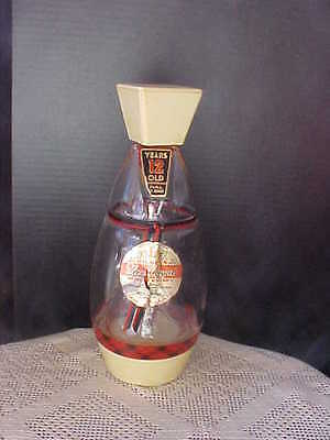 Decanter Gilbeys Spey Royal Scotch Whisky Musical Scotchman Spins Inside Empty