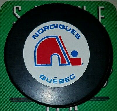 Free Shipping Trench Vintage 1990S Nhl Hockey Puck  Quebec Nordiques