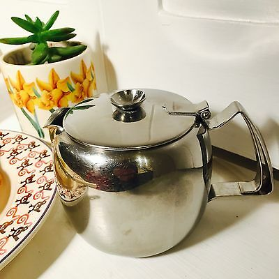 Old Hall English Connaught 1 Pint Tea Pot - Bright Stainless Steel - Classic
