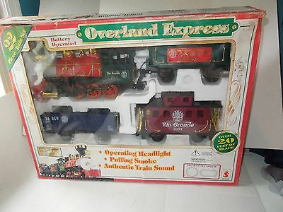 Train Set OVERLAND EXPRESS PUFFING SMOKE BATTERY OPERATED 1996 SCIENTIFIC TOYS