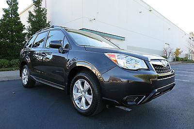 2016 Subaru Forester 2.5i Premium with Winter package 2016 Subaru Forester 2.5i Premium. 714 miles! Sunroof, Winter Package, LIKE NEW!