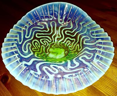 """Antique Jefferson Glass Co. Opalescent Swirling Maze 9.5"""" Folded Crimped Bowl"""