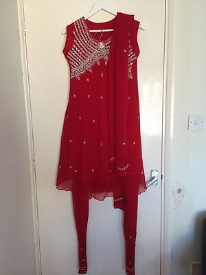 Ladies Size S/M Indian Anarkali Styeld Kamez With Curidar In Red BNNT