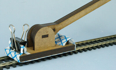 The Track Mop - N Gauge / OO9 Track Cleaner