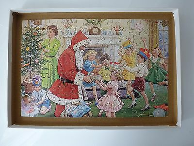 Vintage Victory Wooden Jigsaw Puzzle Christmas Family Decorations Scene