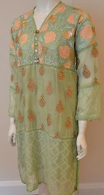Agha Noor Mint Kurta With Flower Embroidery