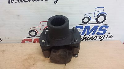 Case / International  Yoke 24 teeth and coupling #223968A1 / 229108A1