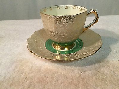 VINTAGE PLANT TUSCAN TEA CUP/SAUCER - MADE IN ENGLAND No 785452 Green/Gold Maze