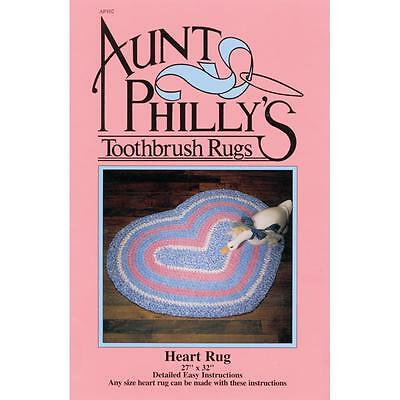 Aunt Philly's Toothbrush Rugs Heart Rug Pattern (AP102)