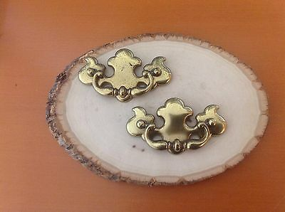 588 VTG French Provincial/Chippendale Swing Pulls Set Of 2 In Antique Brass