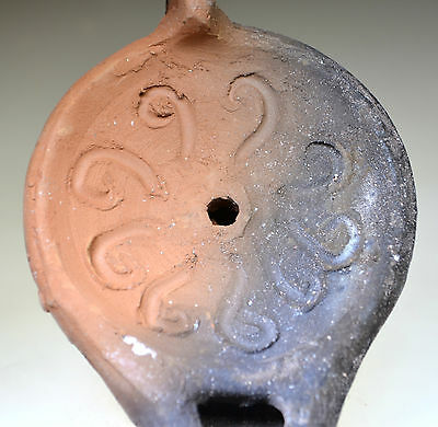 Roman Clay Oil Lamp