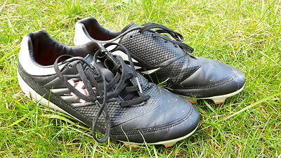 Crampons KIPSTA pour Football ou Rugby TBE taille 37