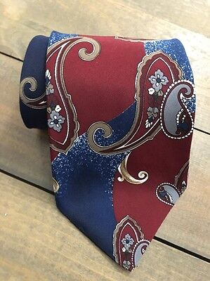 Towncraft Red Blue Gold Gray Paisley Classic Silk Mens Neck Tie