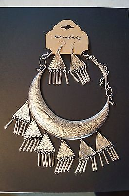 Fashion Jewellery - Necklace and Earrings for the Individual