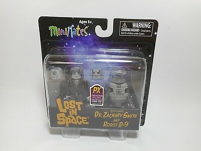 Lost in Space Dr Zachary Smith Robot B-9 Minimates Diamond Select Action Figure