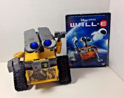 Disney Pixar Lot Thinkway Wall-E Electronic Interactive Toy Talks Lights & DVD