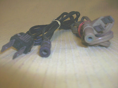 One Hole Electrical Cord Plug 4 Appliance Musical Instrument Guitar Game Toy (?)