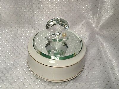 Vintage 1970's Swiss Musical Movement Reuge Love Story Crystal Mirrored Pearl