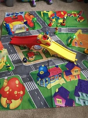 Noddy In Toyland Play Mat And Accessories