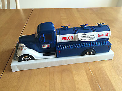 Wilco 1986 Toy Truck Bank **mint**