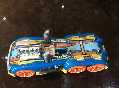 Hot Wheels Semi-Psyco In Blue, Yellow & Orange