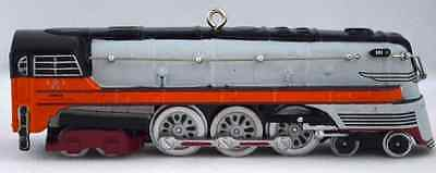2004 Hallmark Christmas Ornament LIONEL 1939 HIAWATHA STEAM LOCOMOTIVE #20