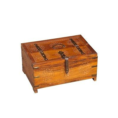 Silkroute NB1005 Carved Wooden Box