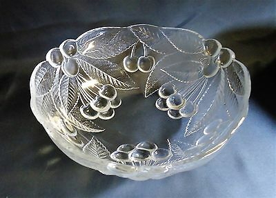 "Mikasa Crystal 9"" Round Bowl Clear Cherries Frosted Cut Leaves CR-5"