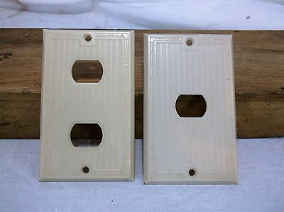 Pair of Vintage BAKELITE Ribbed Single gang DESPARD Switch Plate Ivory Cover USA