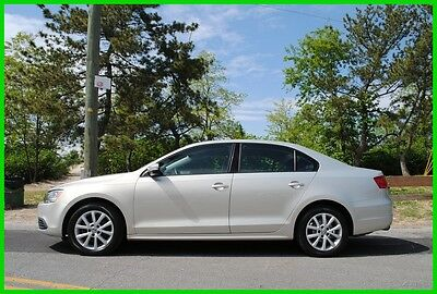 2011 Volkswagen Jetta 2.5L SE Automatic AT 25,000 Miles Repairable Rebuildable Salvage Wrecked Runs Drives EZ Project Needs Fix Save Big