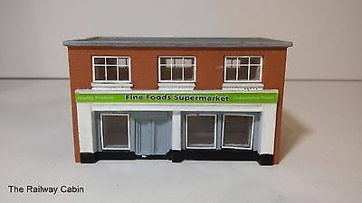 Graham Farish/Lyddle End N Gauge Building Fine Foods Supermarket N8750