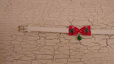 Christmas hand crafted white kitten collar with Christmas tree bow