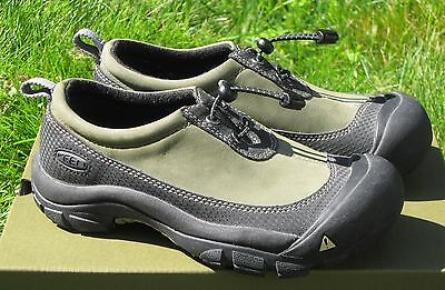 KEEN Dakota Rain Mud Shoes Slip On Waterproof Nubuck 0506 Youth 3 EU 35 Women 5
