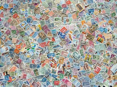 Finland mixture. Approx 2000 used stamps.