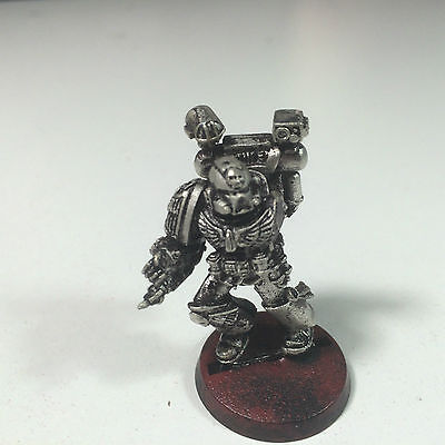Space Marines Apothecary [Blood Angels] Warhammer 40k A004