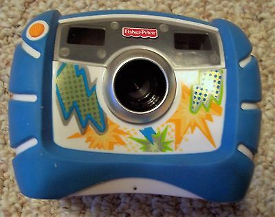 2010 Blue FISHER-PRICE Kid Tough Digital Camera and Case with instruction Book