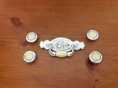 283 Vintage Swing Pulls & 4 Knobs In A Lovely Ivory Wash Set Of 5