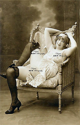 Vintage Erotic Nude Lady Circa 1900s Reproduction Photo On 7x5x220g Gloss Paper.