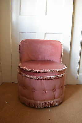 Pink Buttoned Vintage Upholstered Chair