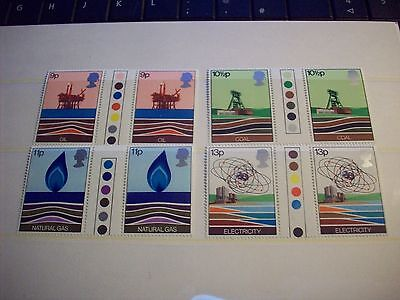 GB 1978 Chemistry traffic light gutter pairs MNH Unfolded stamps unmounted mint
