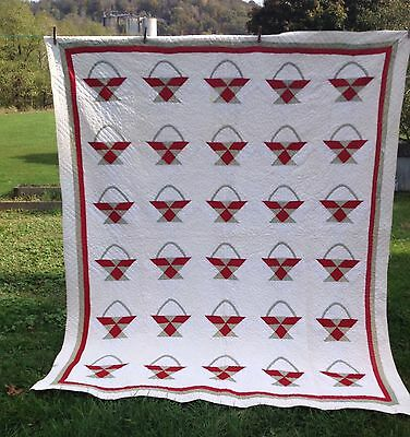 Old  Hand Stitched QUILT / BASKET PATTERN / Red White Green