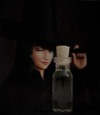 POWERFUL WITCH Ritual Oil Potion Anointing Oil Spell Oil  Wicca Witchcraft Pagan