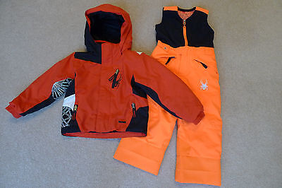 Stunning Spyder ski / snowboarding Jacket and salopettes / trousers Age 3