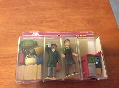 LGB 5229 Porter Figures w/Bags & Luggage *G-Scale*