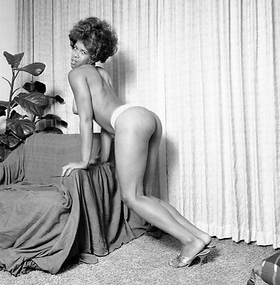 1960's Kirk Negative, gorgeous nude black pin-up girl Pam, nice legs, t52735