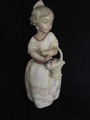 """Nao by Lladro - Stunning 10"""" Girl with Basket of Flowers"""