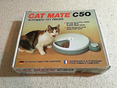Cat Mate C50 Cat Kitten Feeder Boxed Holiday Feeder