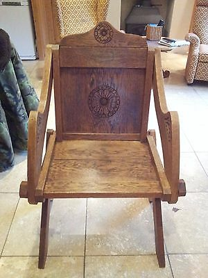 An Early 20Th Century Light Oak Glastonbury Chair