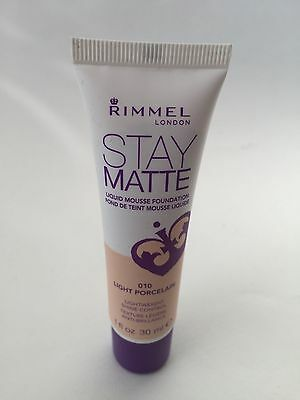 Rimmel Stay Matte Liquid Mousse Foundation 010 Light Porcelain 30Ml